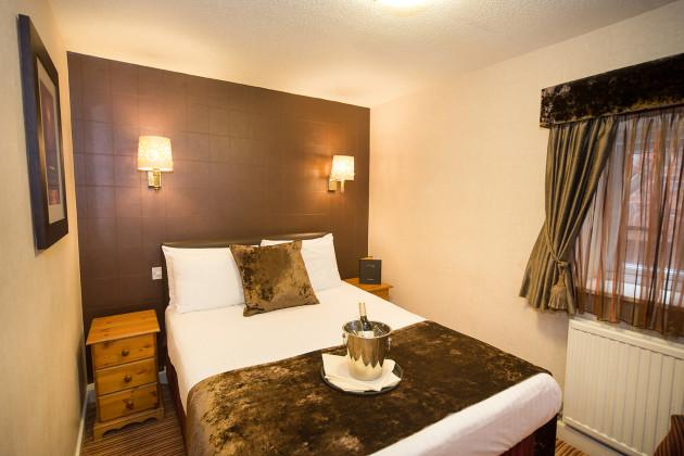 Hallmark Inn Chester Hotel thumb-2
