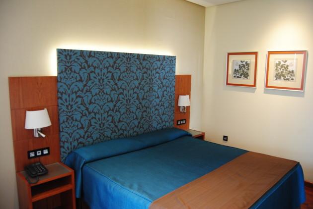 Hotel Cervantes thumb-2