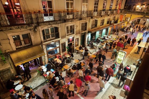 Hotel Hello Lisbon Cais Do Sodre Apartments thumb-4
