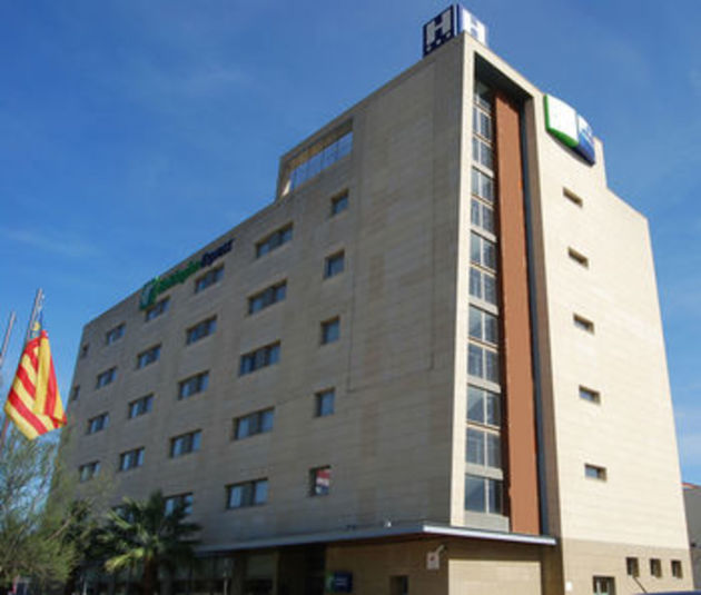 Holiday inn express valencia bonaire hotel aldaia from for Top design hotels valencia