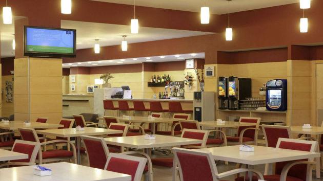 Hotel Holiday Inn Express Malaga Airport thumb-3