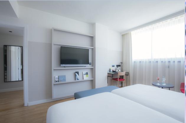 Hotel Sercotel Malaga thumb-2