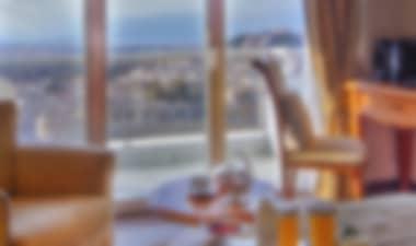 HotelHotel esclusivo di 5 stelle a Kolonaki con splendida vista dal bar-ristorante sul tetto