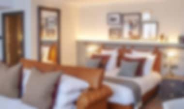 Hotel4-star Luxury at one of Edinburgh's most elegant hotels