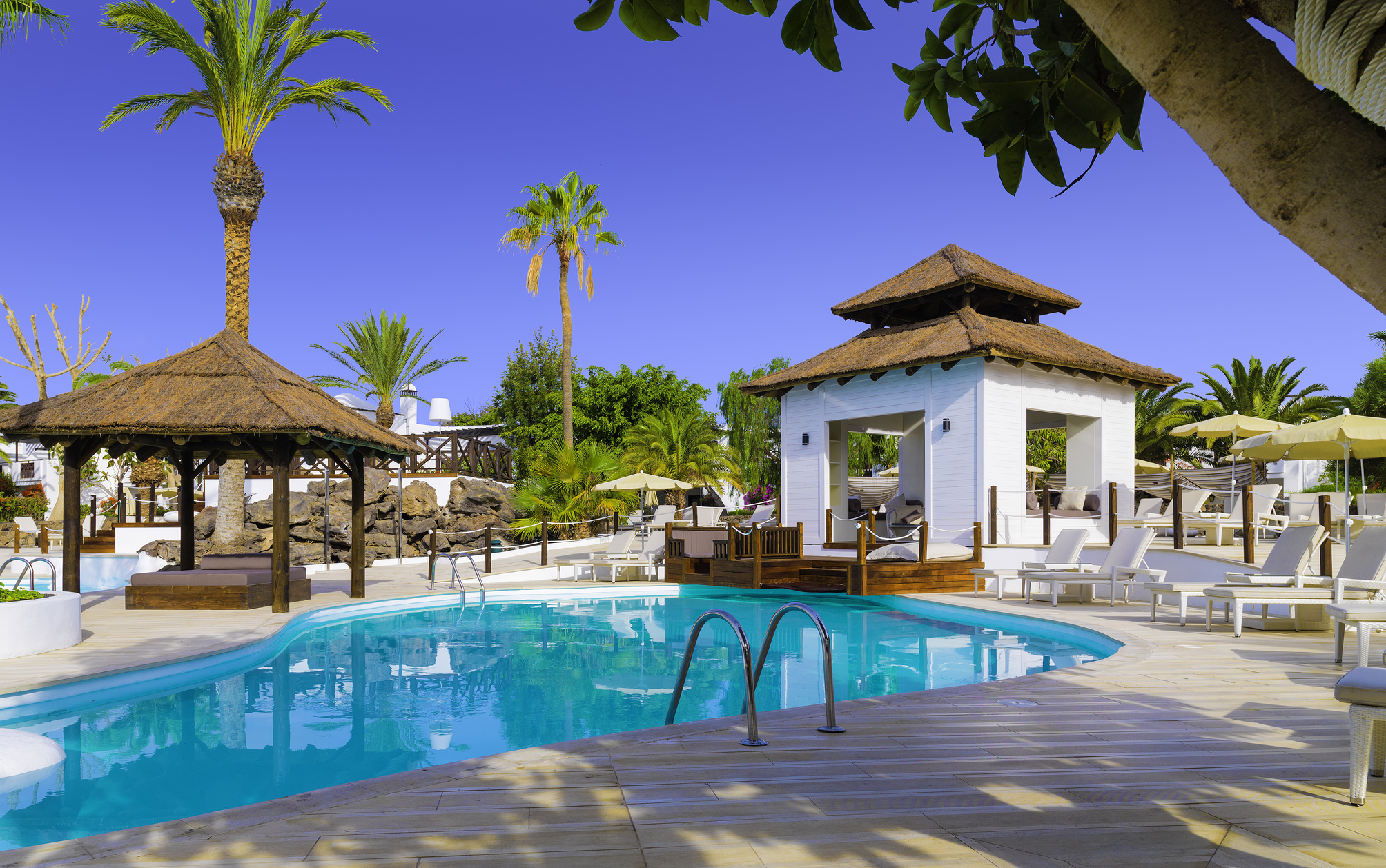 Hotel boutique hotel h10 white suites adults only em for Boutique resort