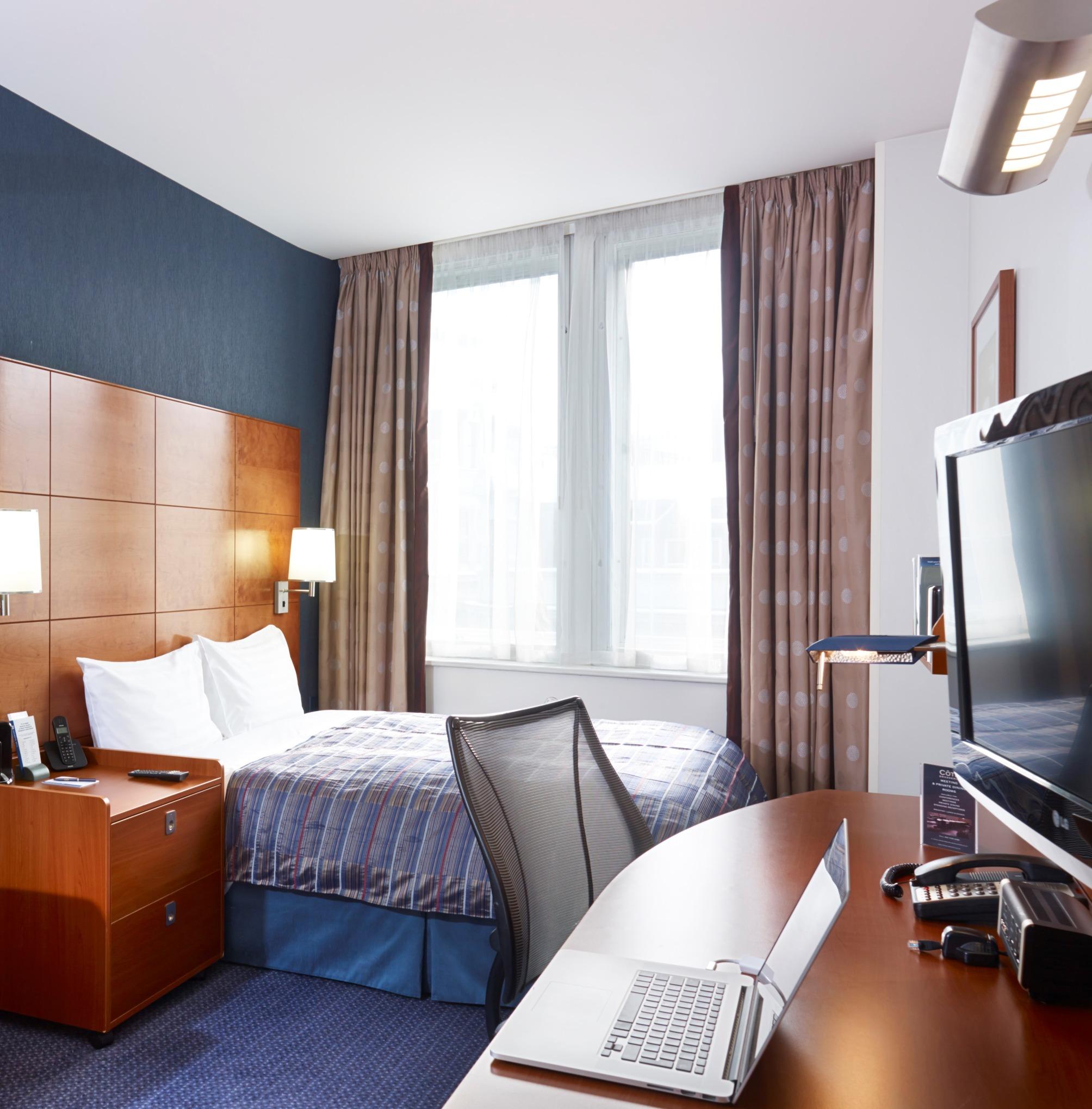 Hotel Club Quarters St. Pauls thumb-3