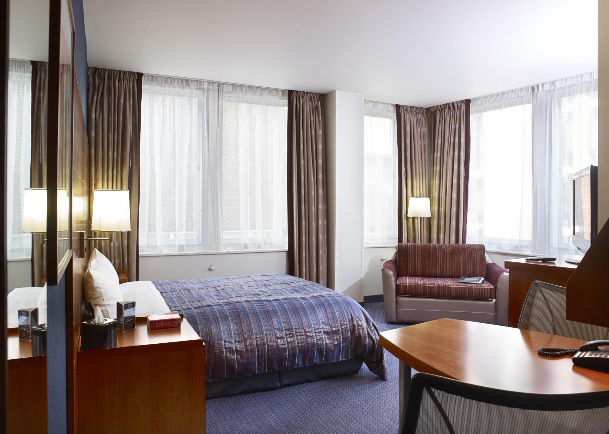 Hotel Club Quarters St. Pauls thumb-4