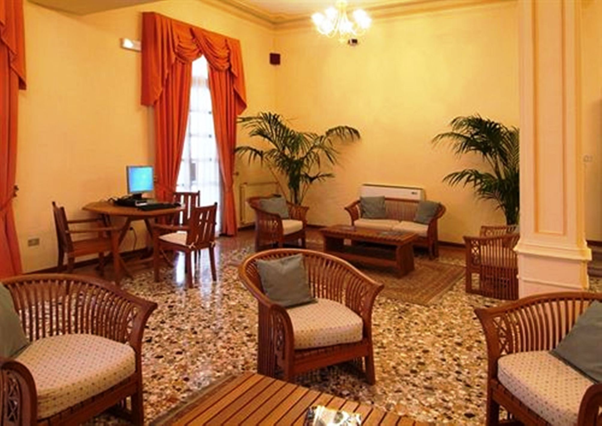 HotelVenezia 2000