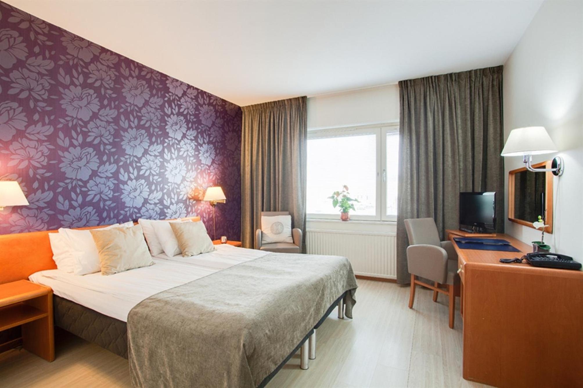 HotelBEST WESTERN Capital Hotel