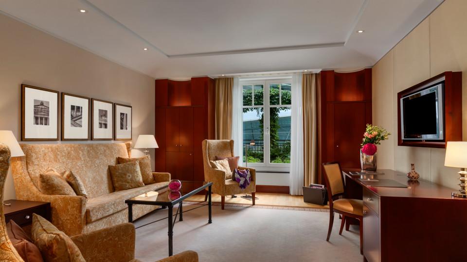 Hotel Adlon Kempinski Berlin thumb-3