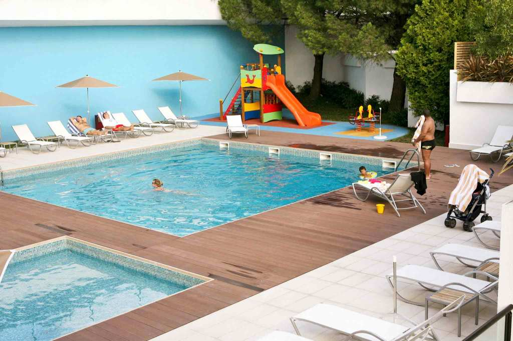 H tel lisbonne avec piscine seulement 84 7 h tels for Hotel design piscine lisbonne
