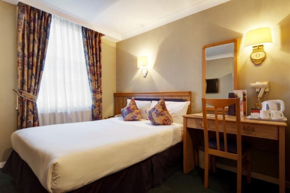 Hotel Berjaya Eden Park London Hotel thumb-4