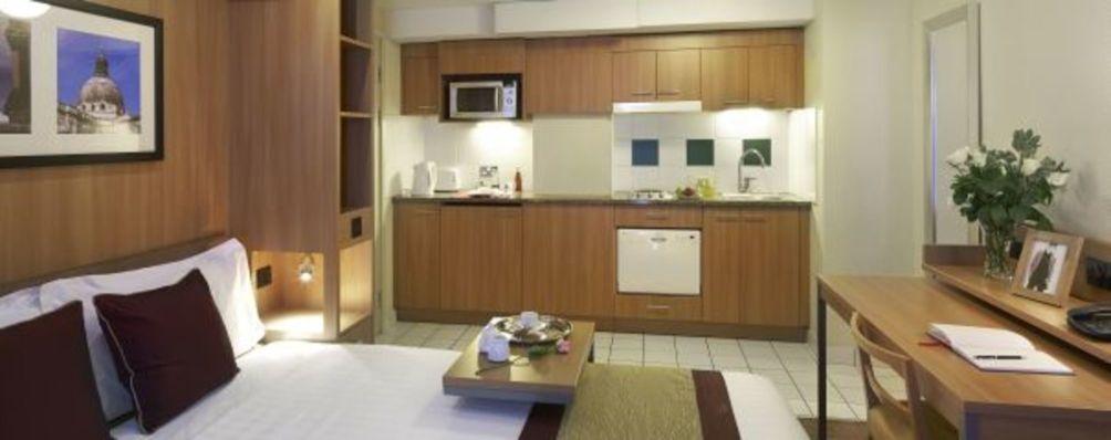 Hotel Citadines Barbican London thumb-3