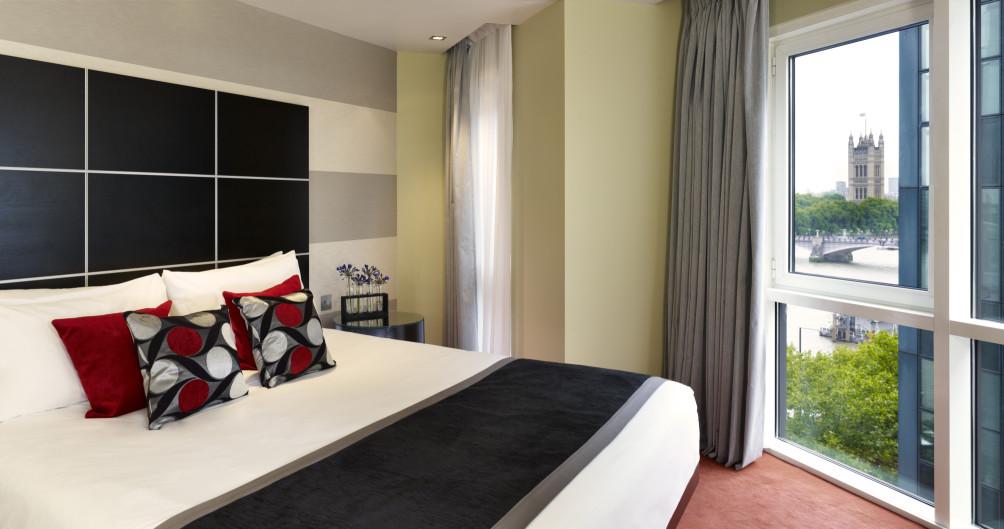 Hotel Park Plaza Riverbank London 1