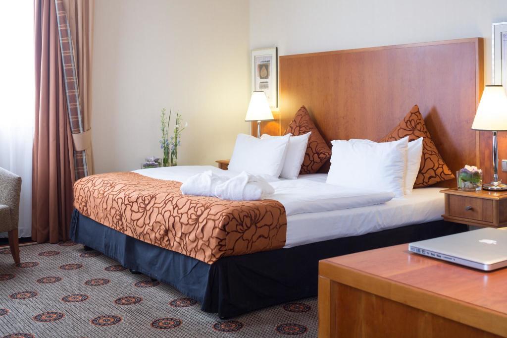 HotelCrowne Plaza HAMBURG - CITY ALSTER