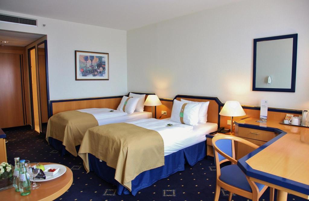 HotelHoliday Inn HAMBURG