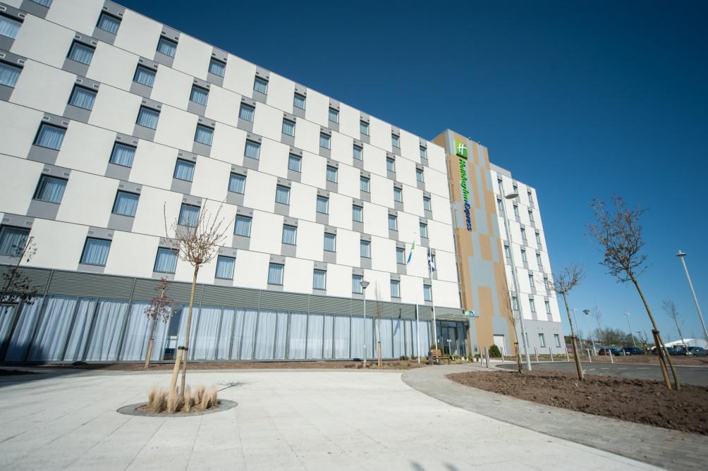 Hotel Holiday Inn Express Aberdeen Airport