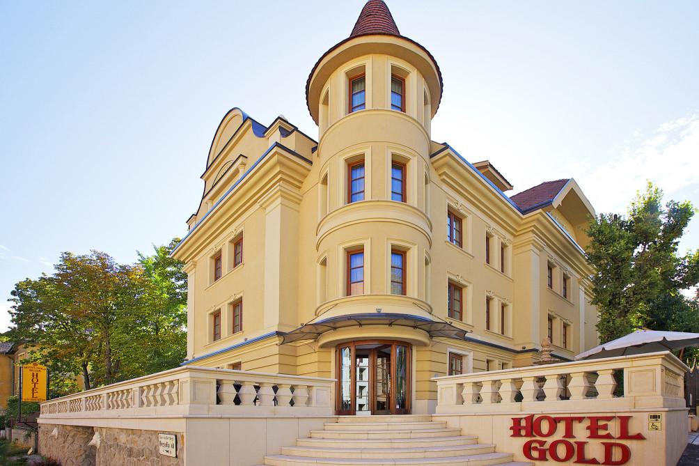 HotelGold Hotel Wine & Dine