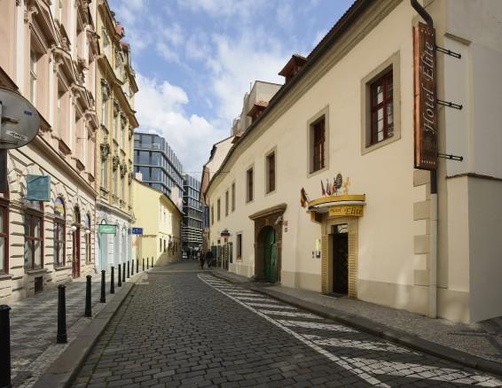 Prague Airport To Elite Hotel