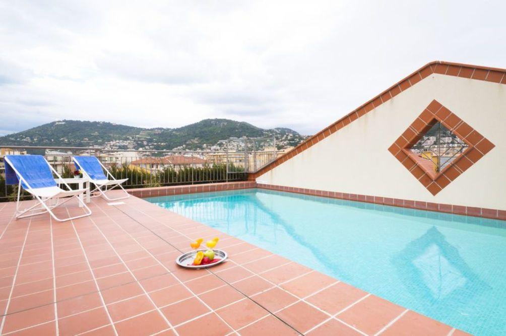 Hotel ski pas cher piscine for Hotel pas cher bangkok avec piscine