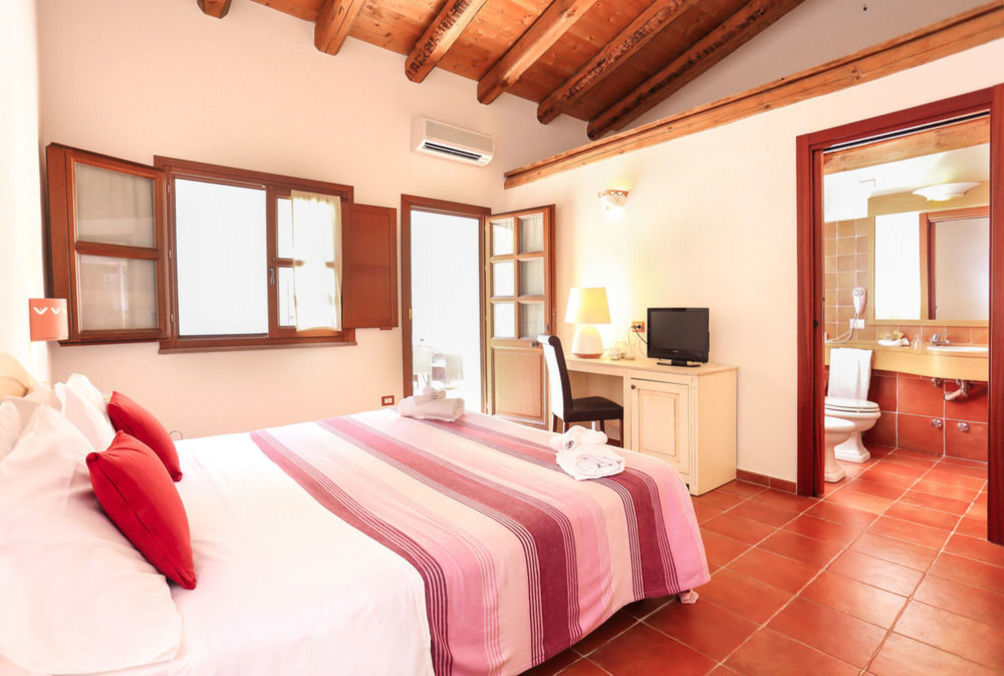 HotelAlghero Resort Country Hotel
