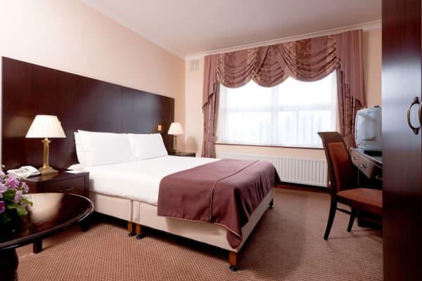 Sheldon Park Hotel & Leisure Club Hotel thumb-3