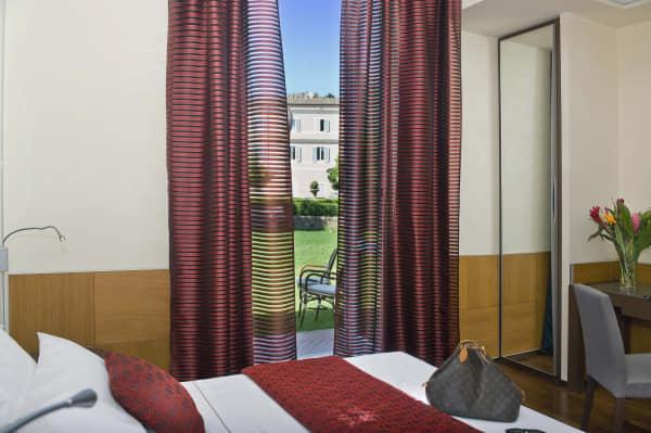 Kolbe Hotel Room