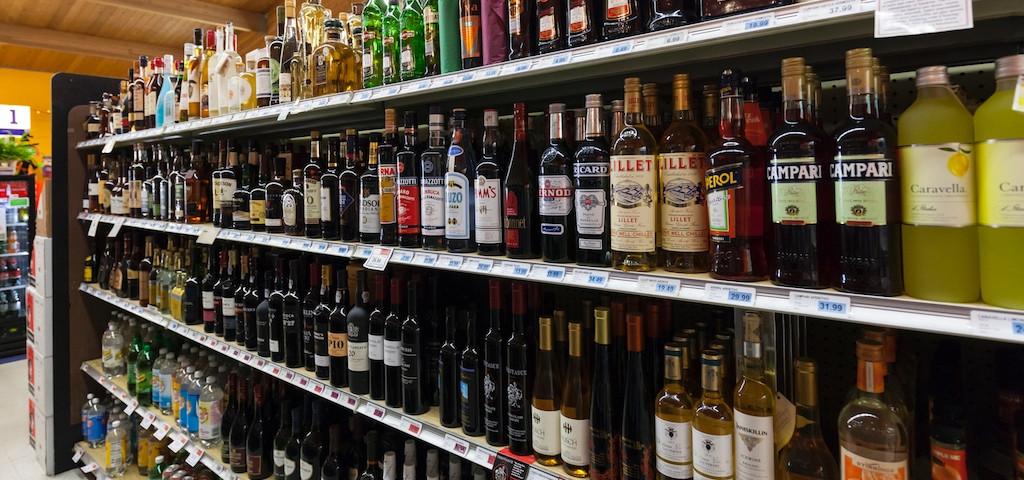 Connecticut liquor challenge faces hurdles