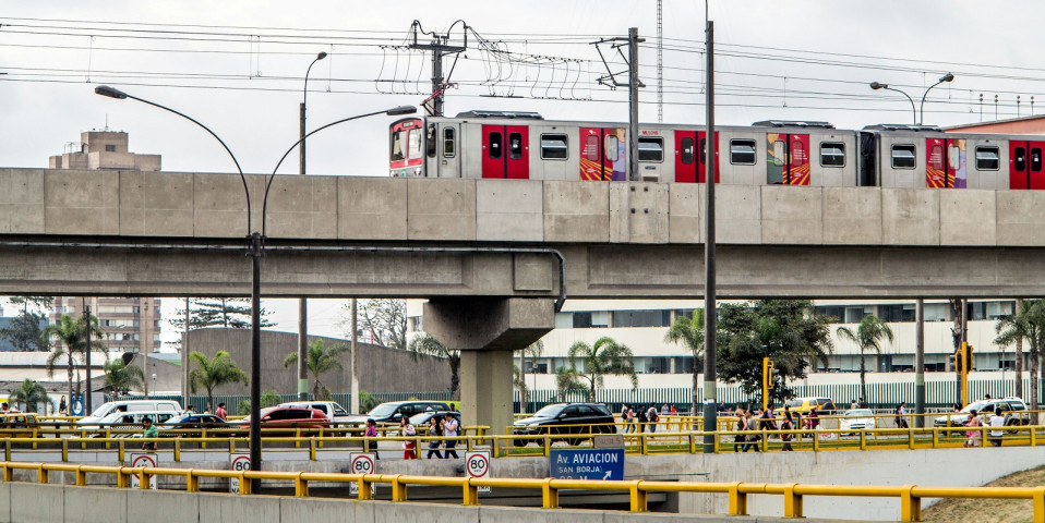 Lima metro funds expansion with government-backed loan