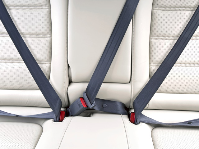 DG Comp punishes car safety equipment suppliers