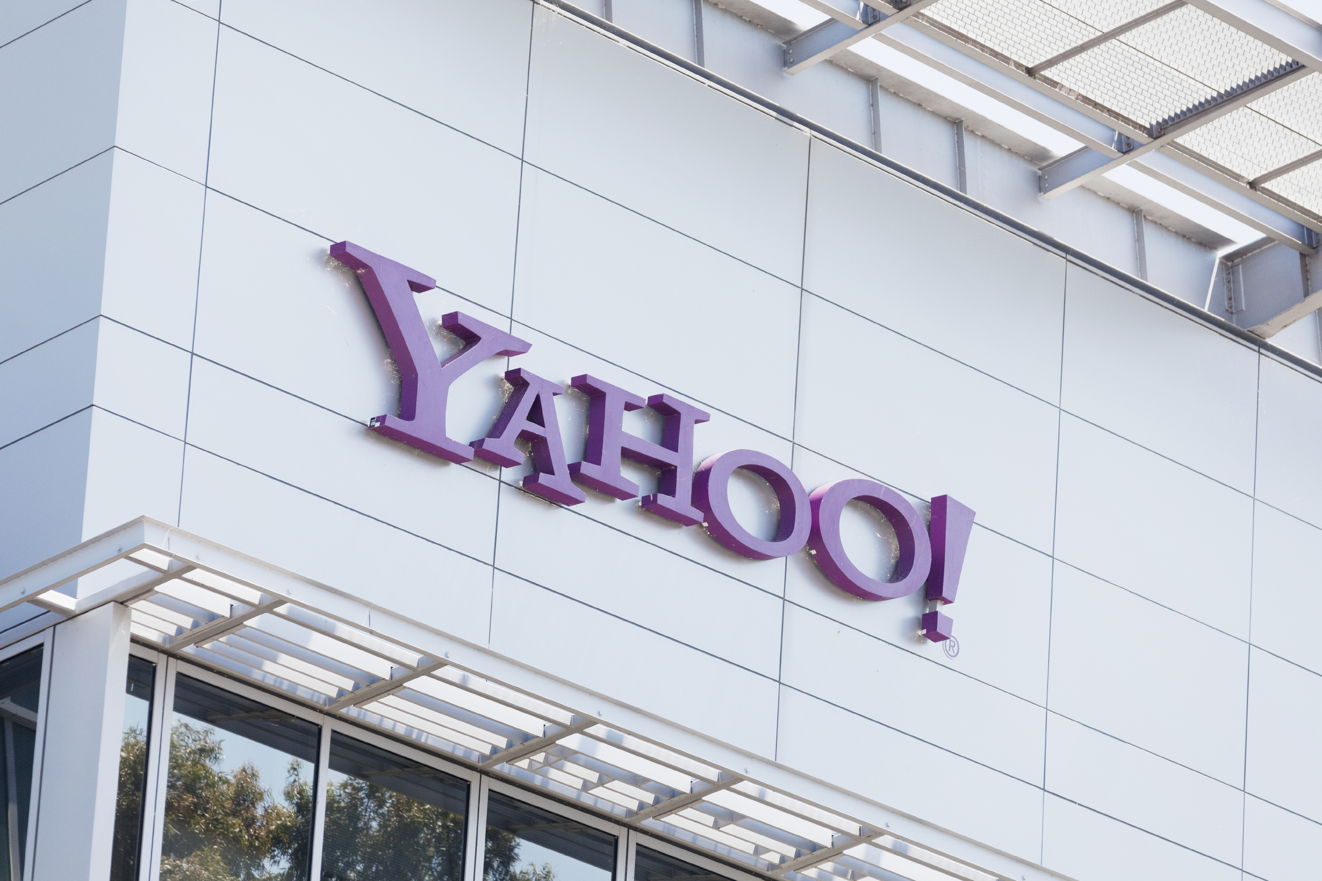 """Criminal hackers"" were employed by Russia to steal Yahoo! customer data, says DOJ"
