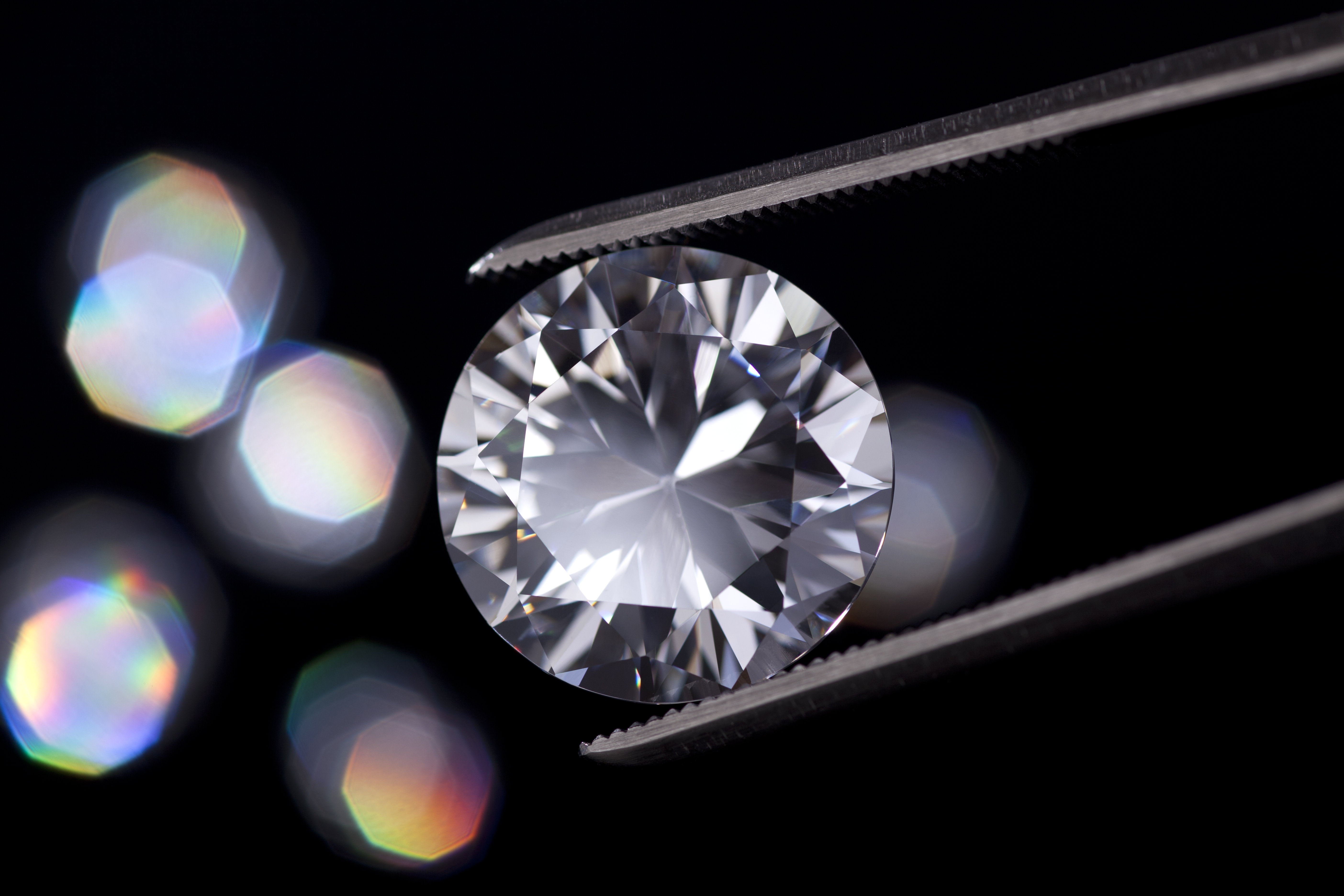 Court maintains freezing order in Belgian-Indian diamond dynasty dispute