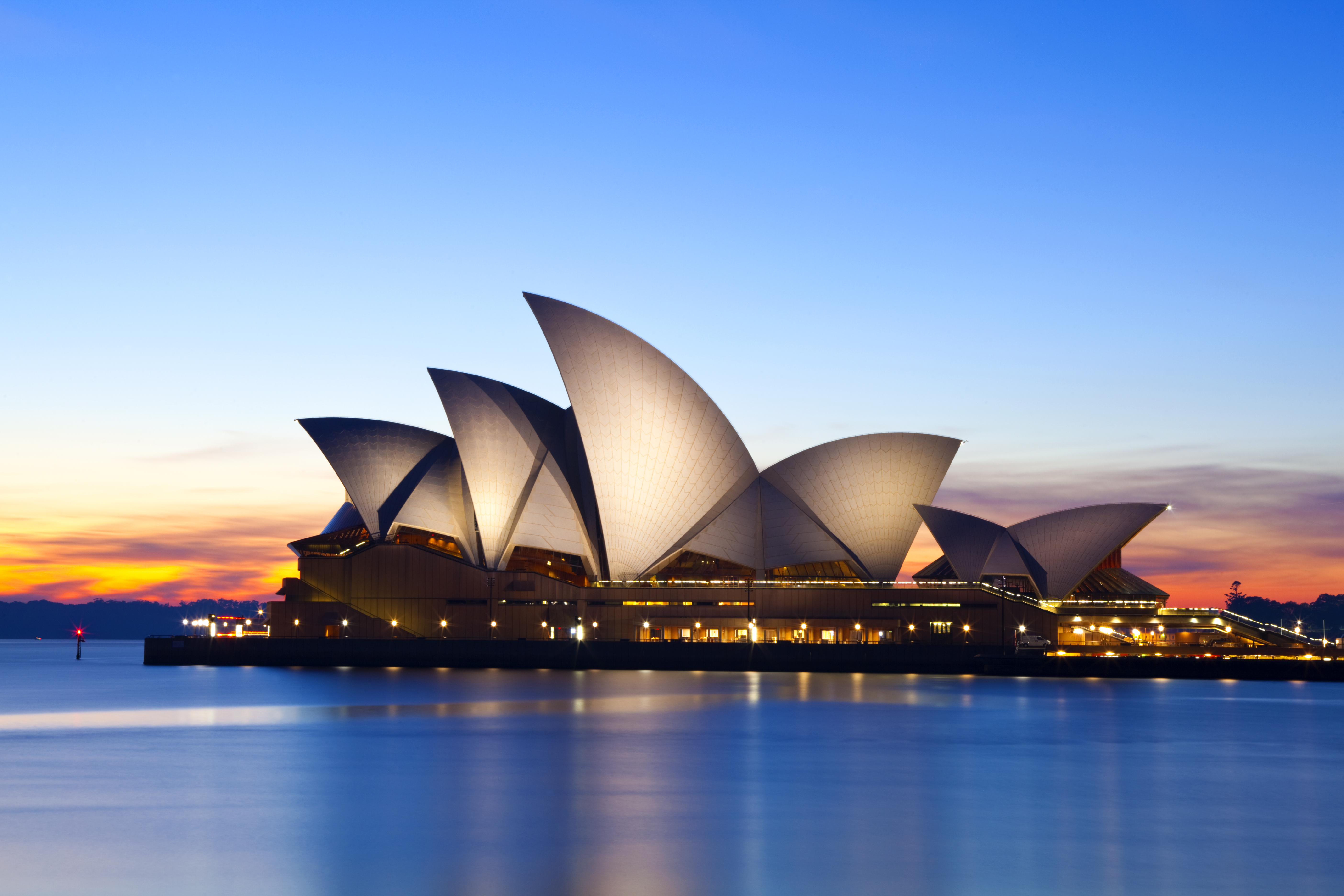 Norton Rose Fulbright announces further merger, with Australia's Henry Davis York
