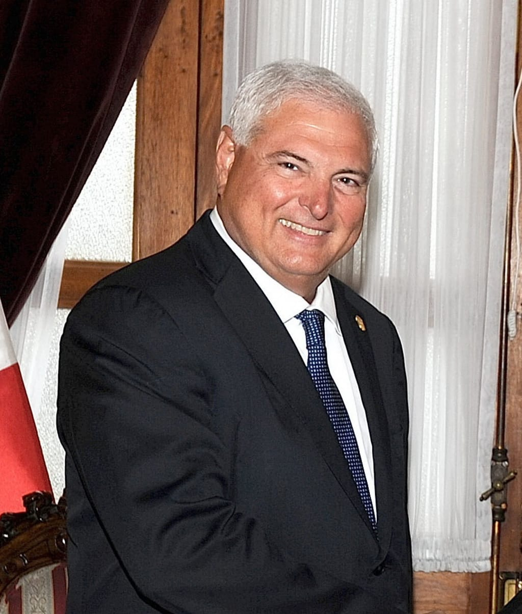 Former Panama president faces extradition from US