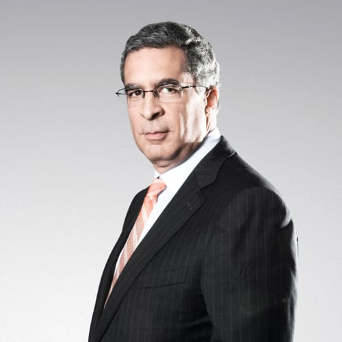 Luis R Pellerano P