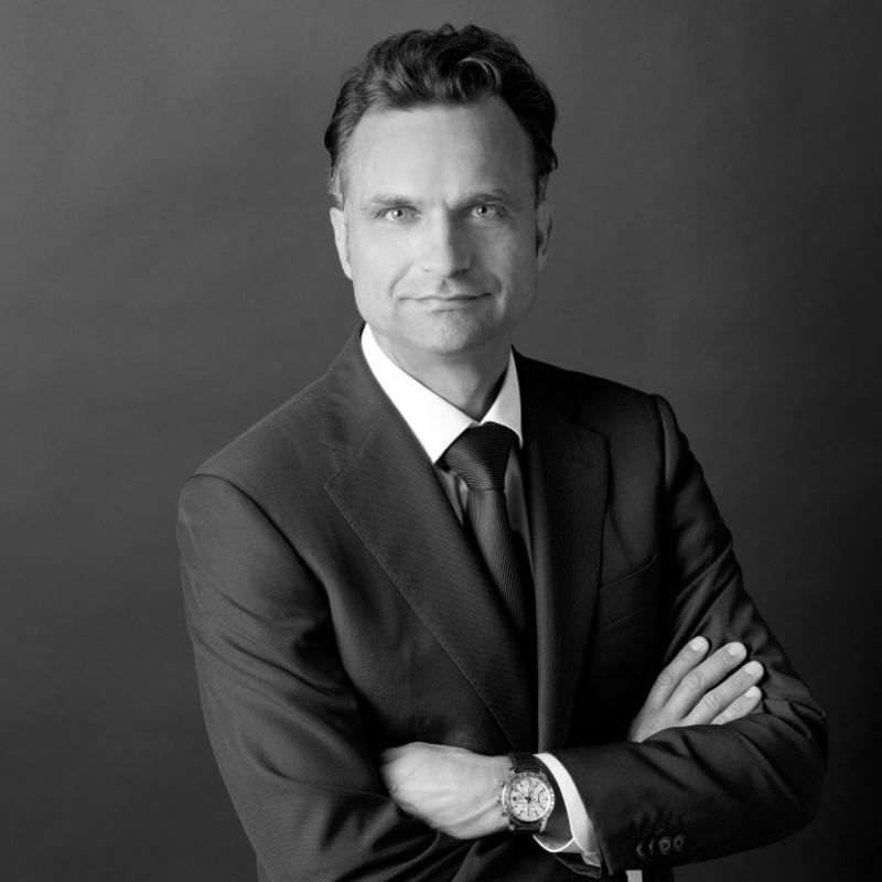 András  A Gurovits