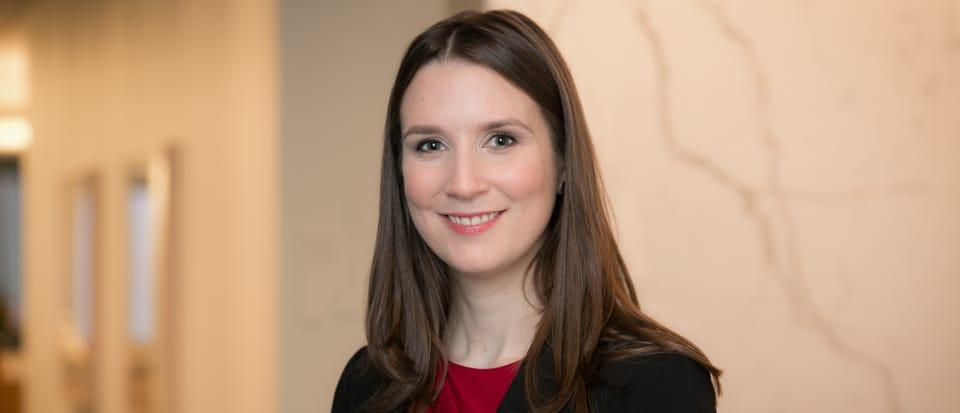 Samantha J Rowe
