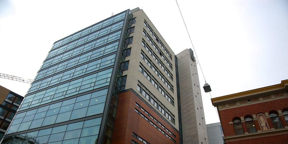Norway jails insider traders