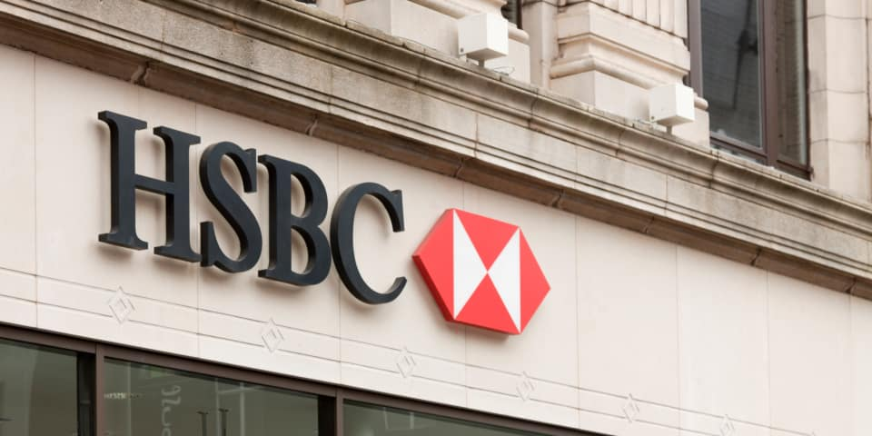 Magic Circle firm representing two banks vying for France's first DPA