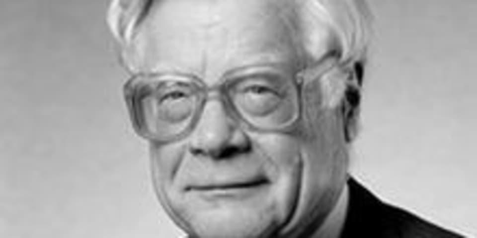 Robert von Mehren 1923-2016