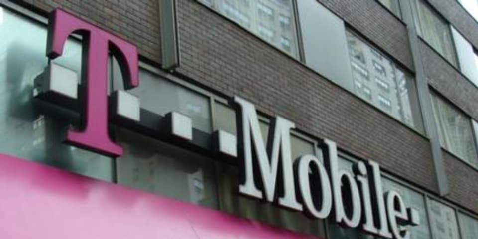 Antitrust panel debates possible Sprint/T-Mobile deal