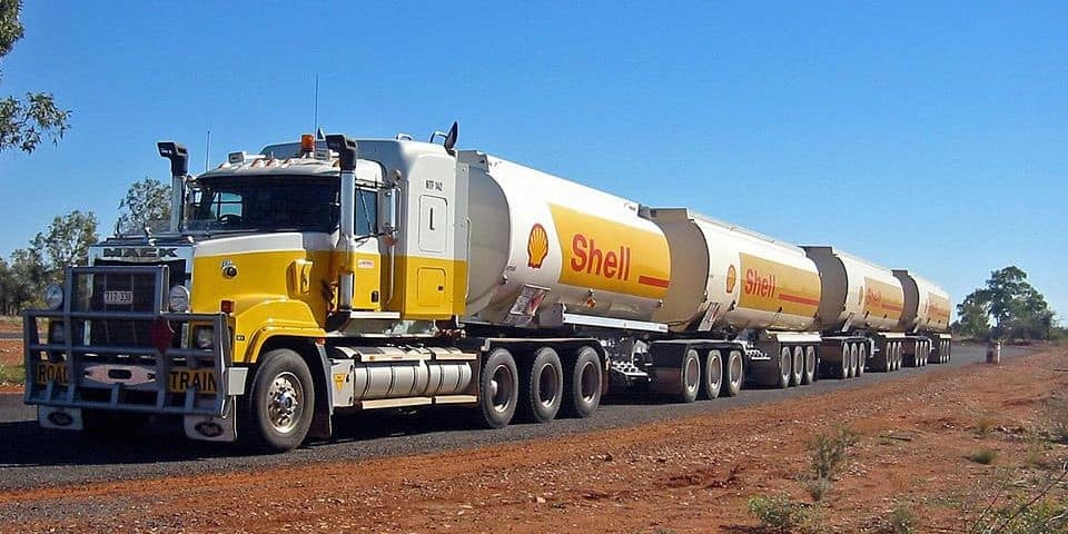 Shell's Nigerian oil field deal the subject of UK press exposés