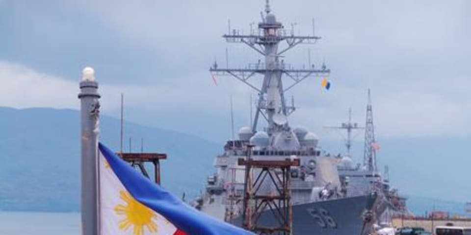 South China Sea tribunal favours Philippines