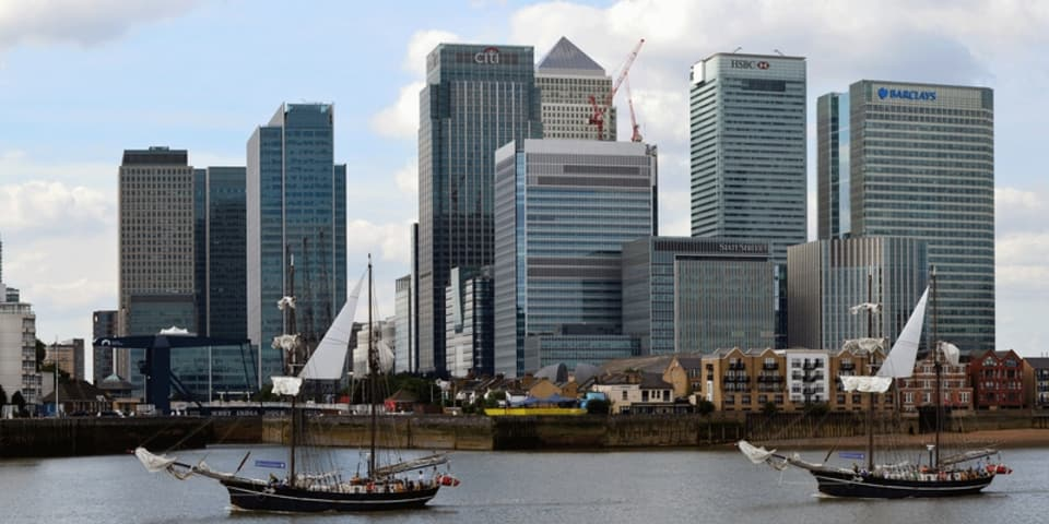 UK enforcer seeks better competition in investment banking market