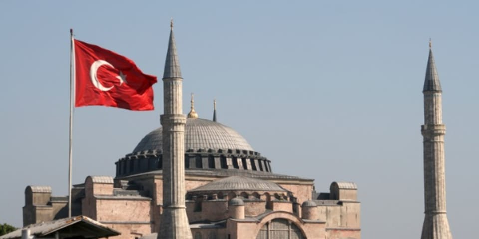Turkey and Iran see end to gas price review