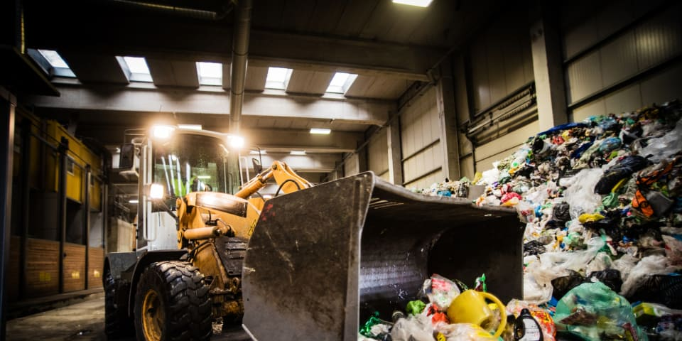 Latvia warns against municipal waste management monopoly