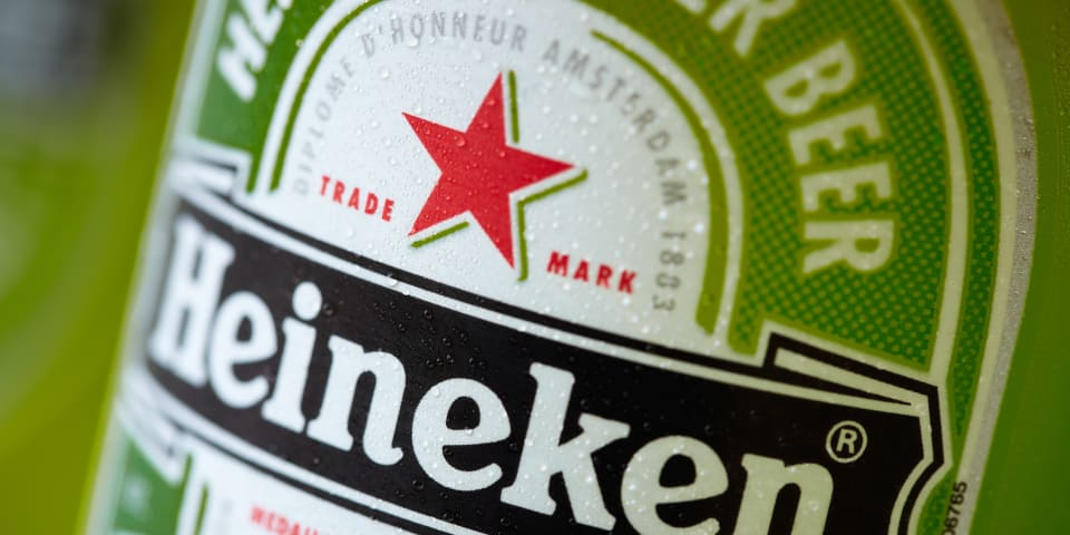Greek brewer seeks €100 million from Heineken