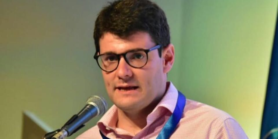 Former senior official launches firm in Bogotá