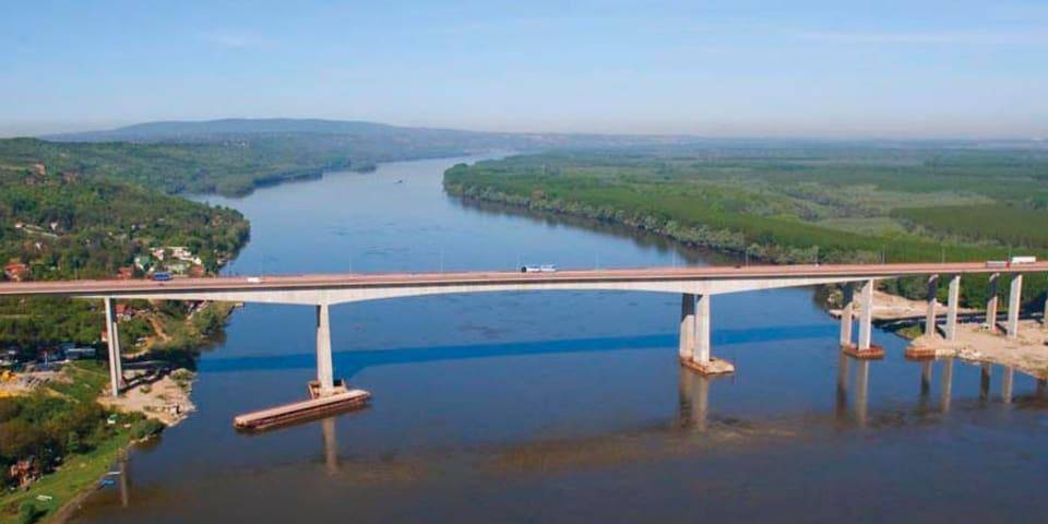 Serbia settles Danube bridge dispute