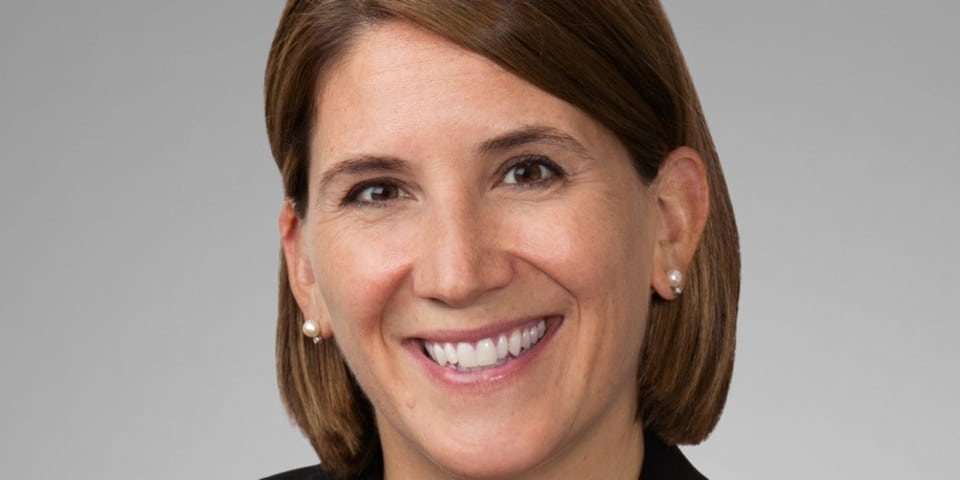 Latham & Watkins recruits former federal prosecutor in Chicago